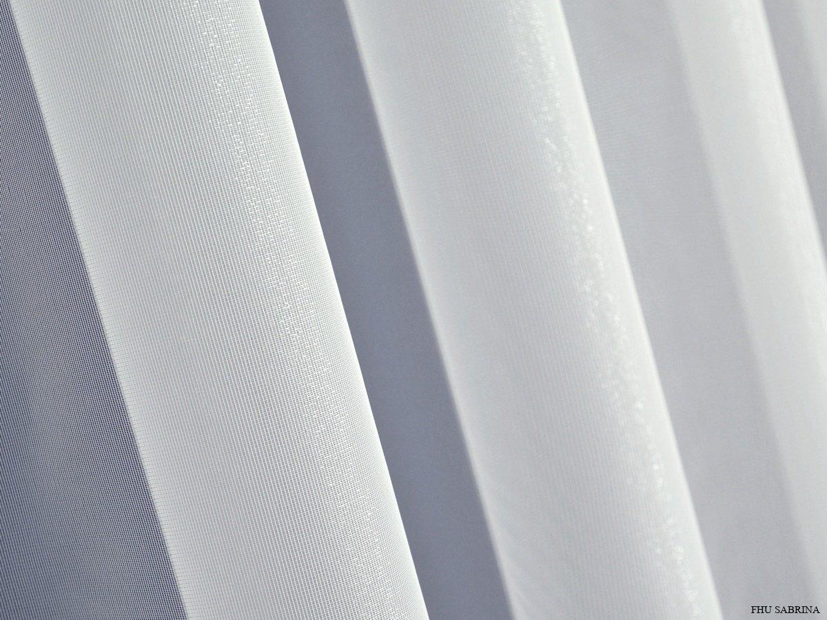 Firany Z Markizety Markizeta Połyskująca Srebrną Nitką Peru Biel Srebro 120 Kupon 485m